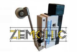 Фото микровыключателя D4MC-2000